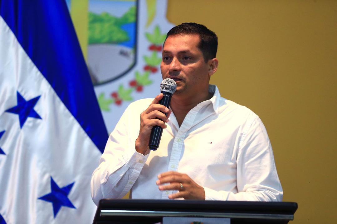 Alfredo cerros