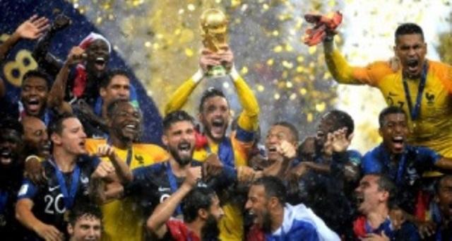Francia empata a Uruguay y Argentina en Mundiales