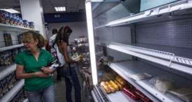 escasez-en-supermercado-de-venezuela-