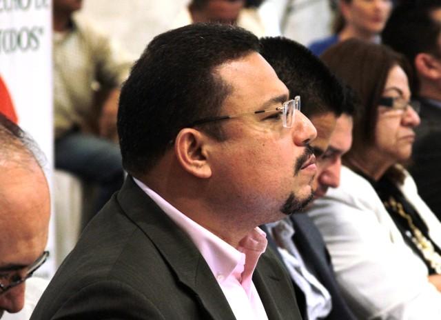 Omar E Rivera Perfil 2017